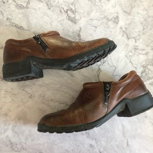 Ariat Leather Clogs, Size 8.5B. RTS Equipped